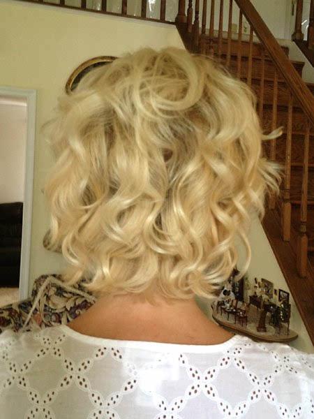 Short Girly Curls 04