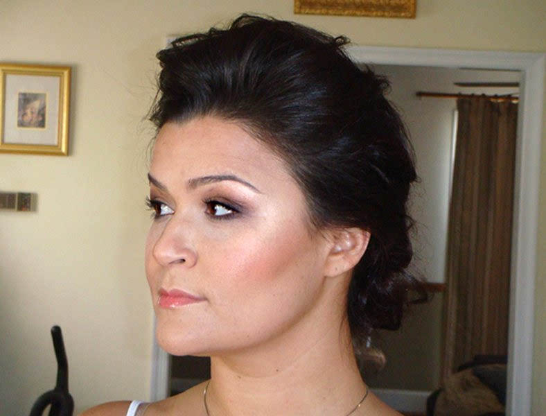 Classy Smoky Makeup For Weddings